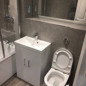 Swindon bathroom and kitchen fitter (12)